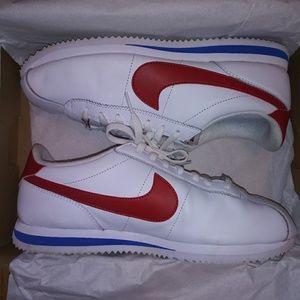 IOB. Nike Cortez. Sz 10